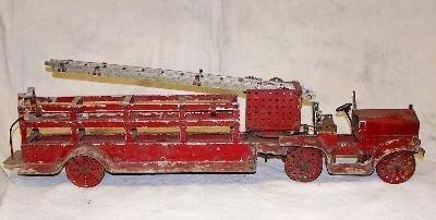 10: Early 20th c toy fire engine with no visible maker'