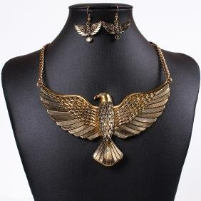 Stunning Golden Eagle Necklace Set