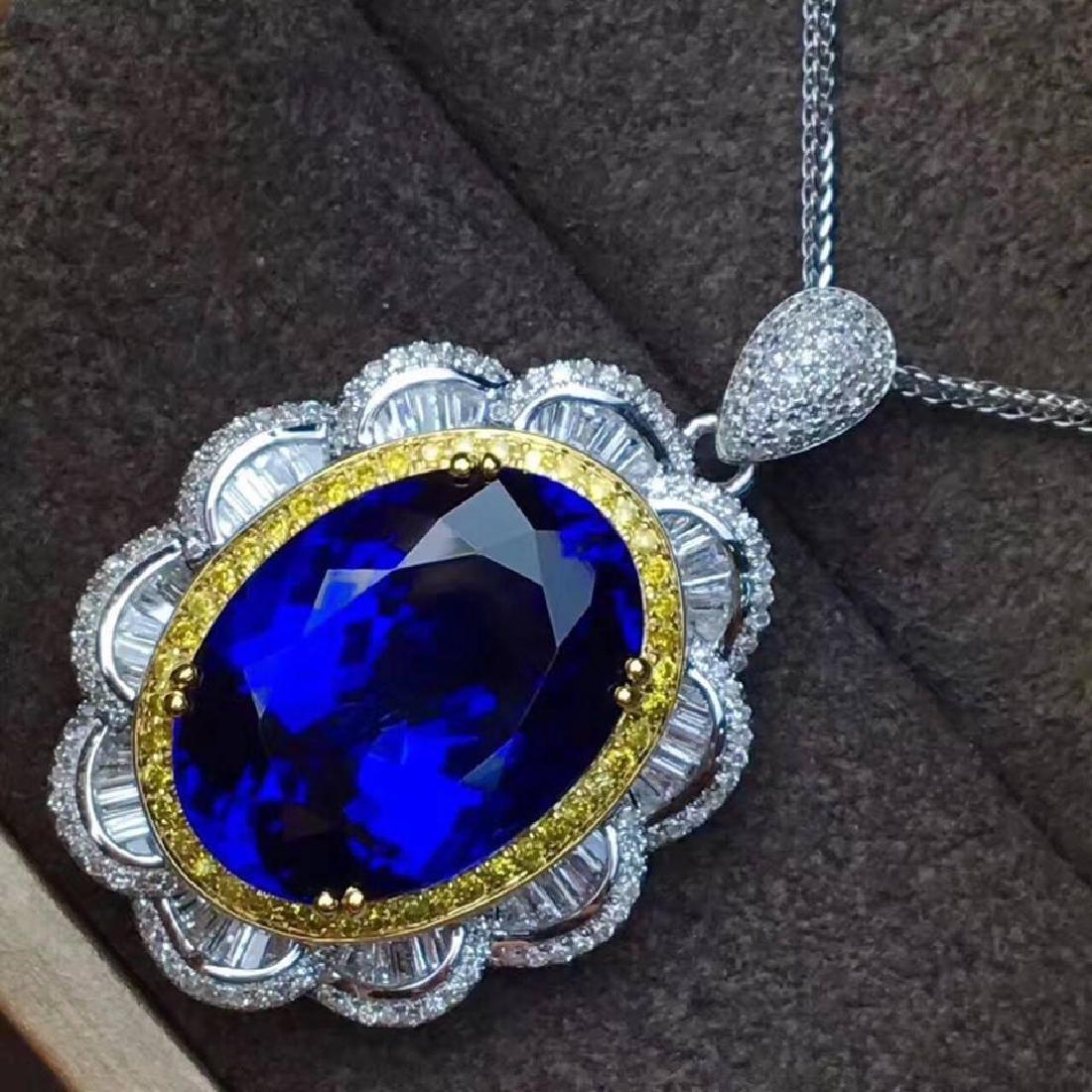 Natural Royal Blue Tanzanite 14 Carats Pendant