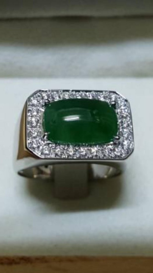 Natural Burmese Jade & Diamond Solid 18k Gold Ring