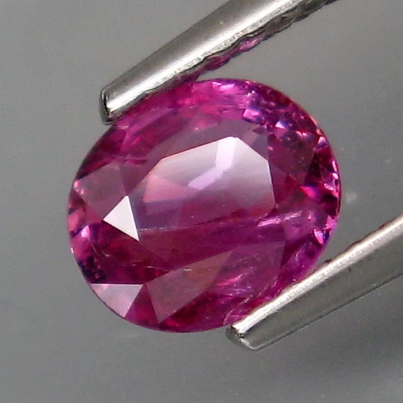 Natural Pink Unheated Sapphire 0.97 Ct