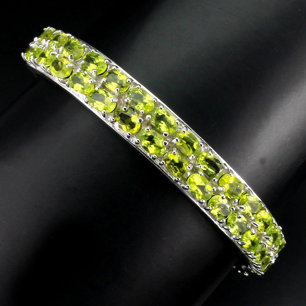 Natural Top Rich Green Peridot 148.42 Ct Bangle
