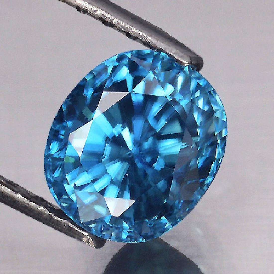 Top AAA Electric Blue Zircon 2.84 Cts {Flawless-VVS1}