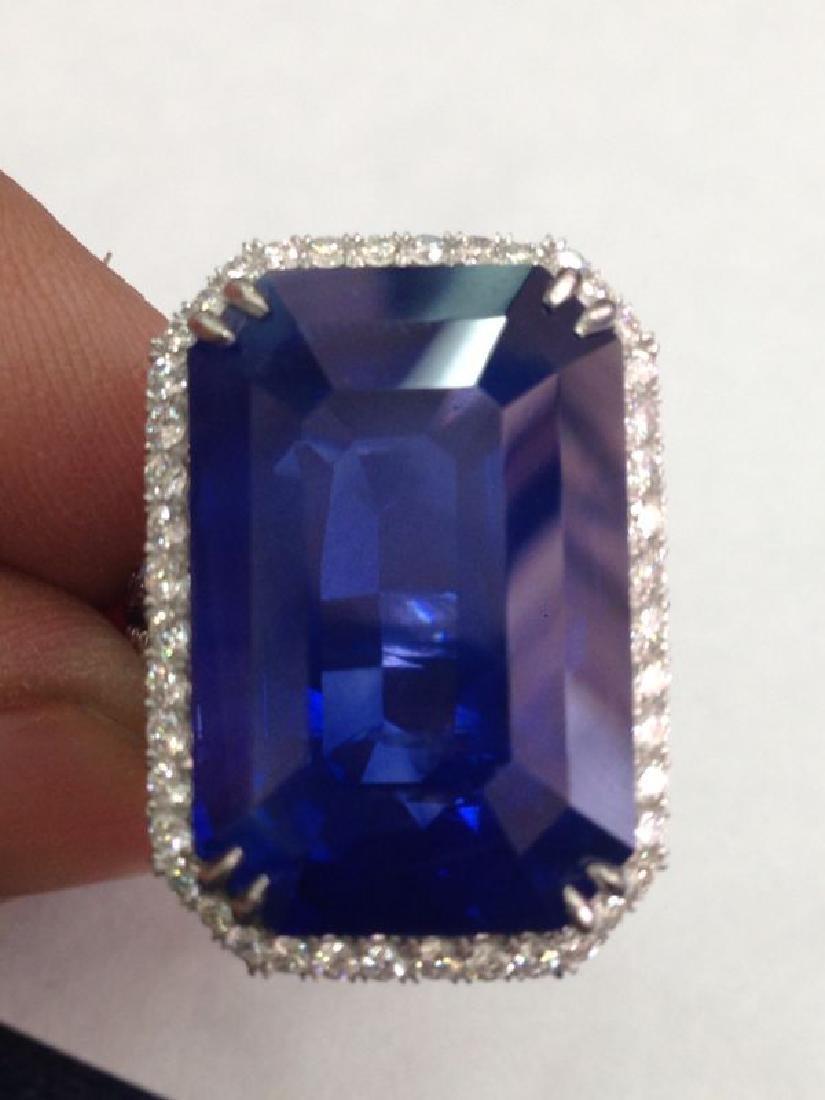 Natural Kashmir Sapphire 41.52 carat - GIA