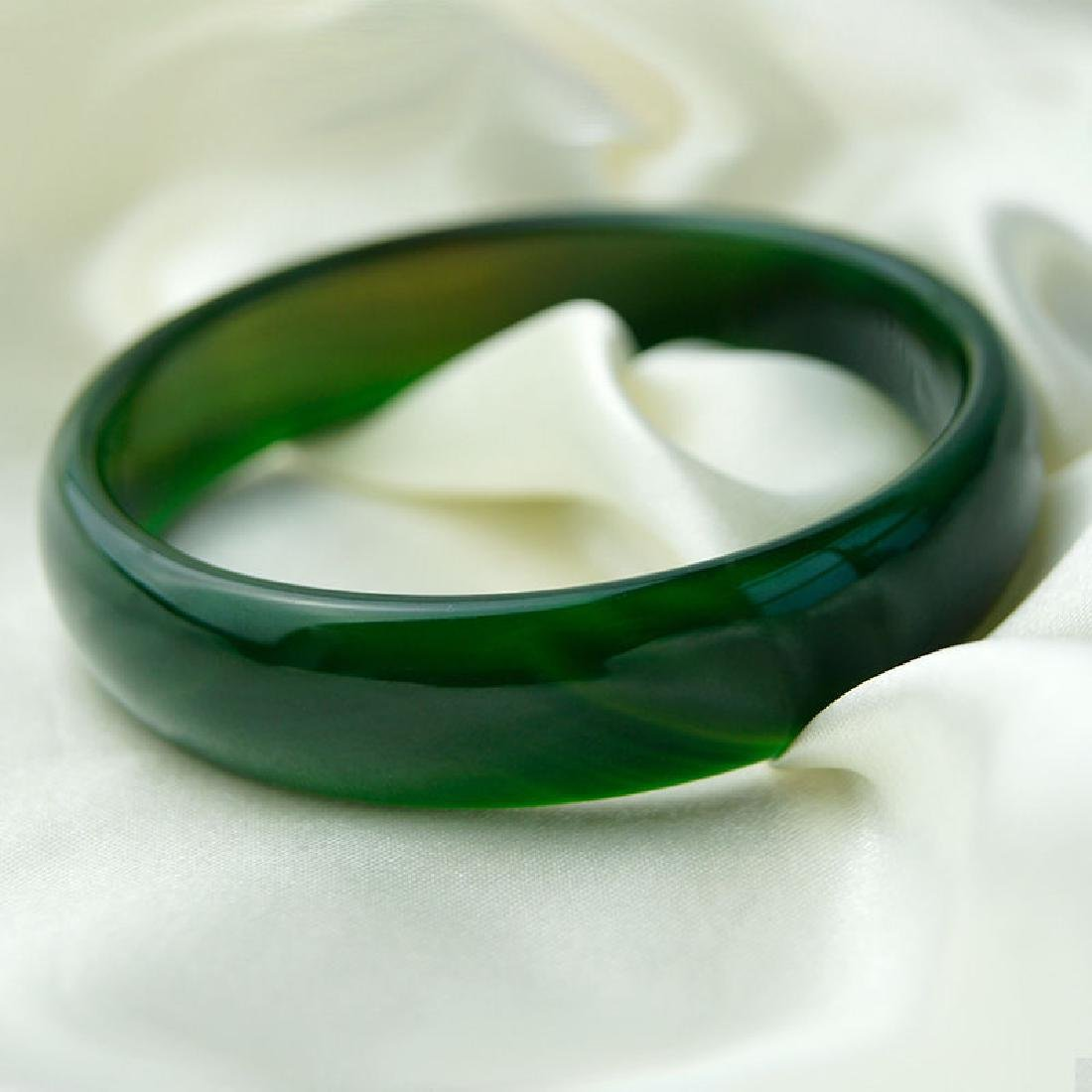 Natural Chinese  Green Jade/Jadite Bangle