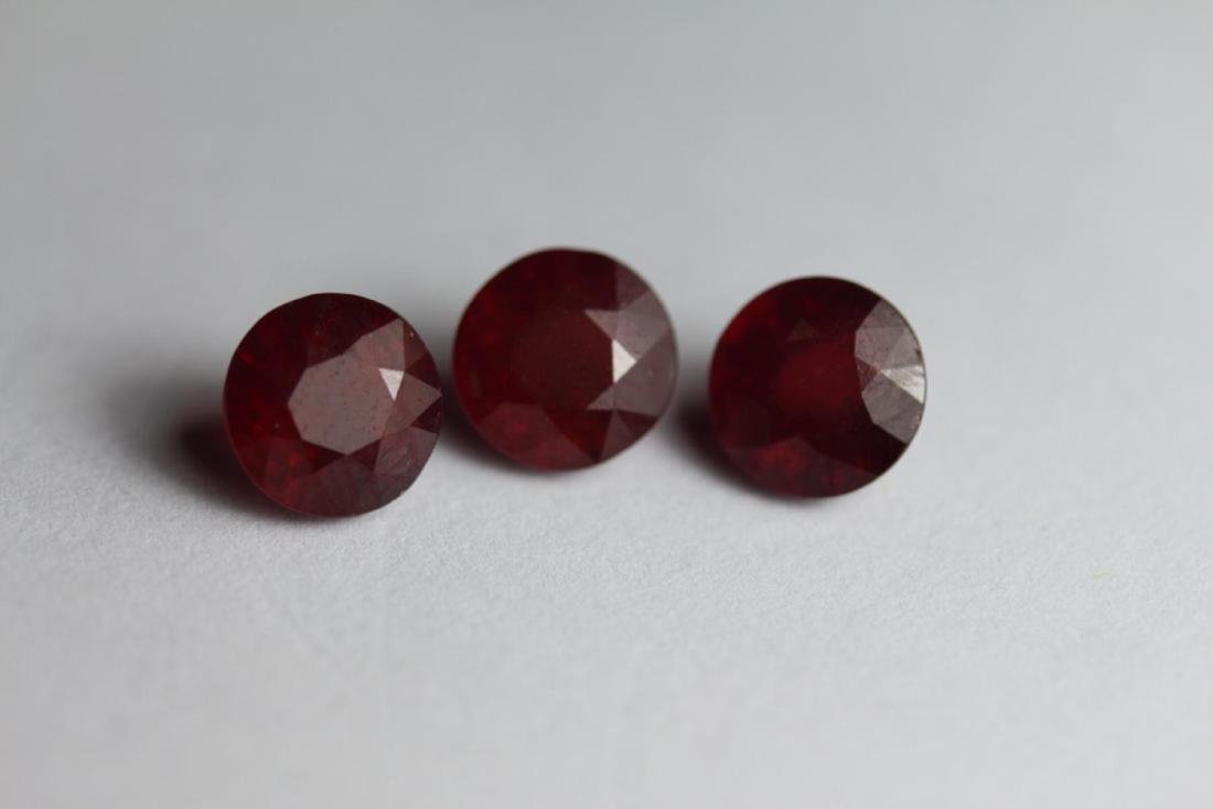 Genuine Red Ruby 7 MM 5.75 Carats