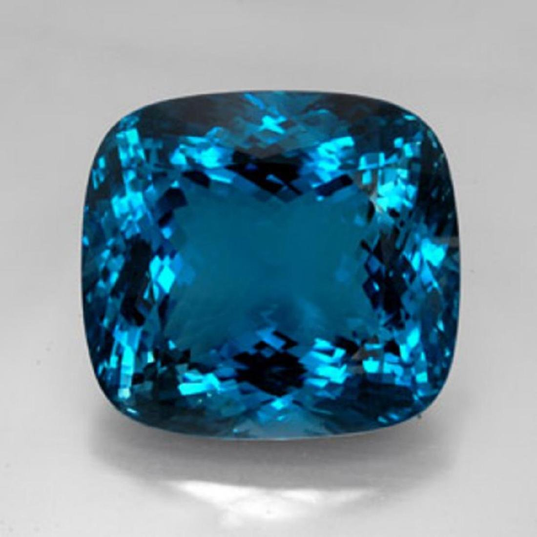 London Blue Topaz 25.76 carats - VVS