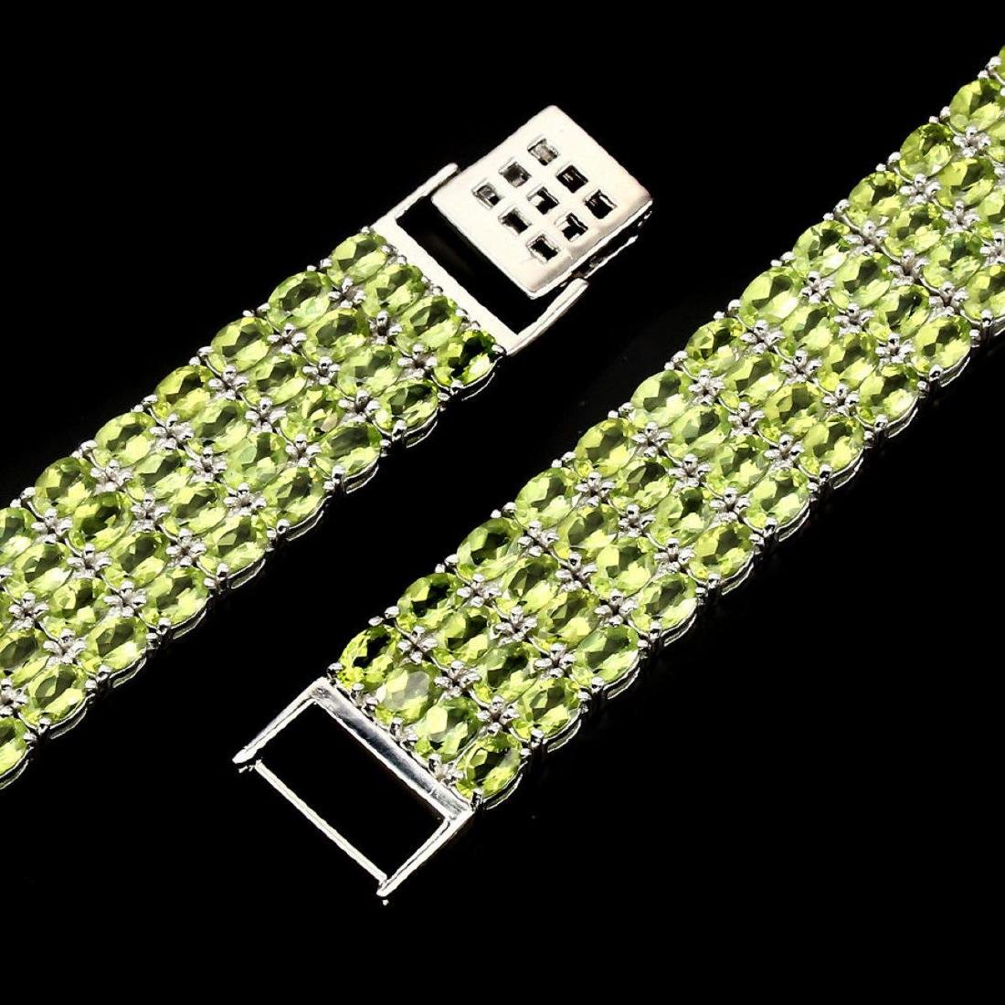 Natural Top Rich Green Peridot 296.64 Ct Bracelet - 3