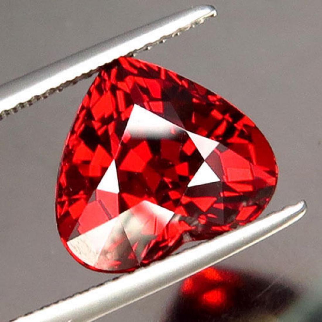 Natural Heart Shape Spessartite 7.38 ct - VVS