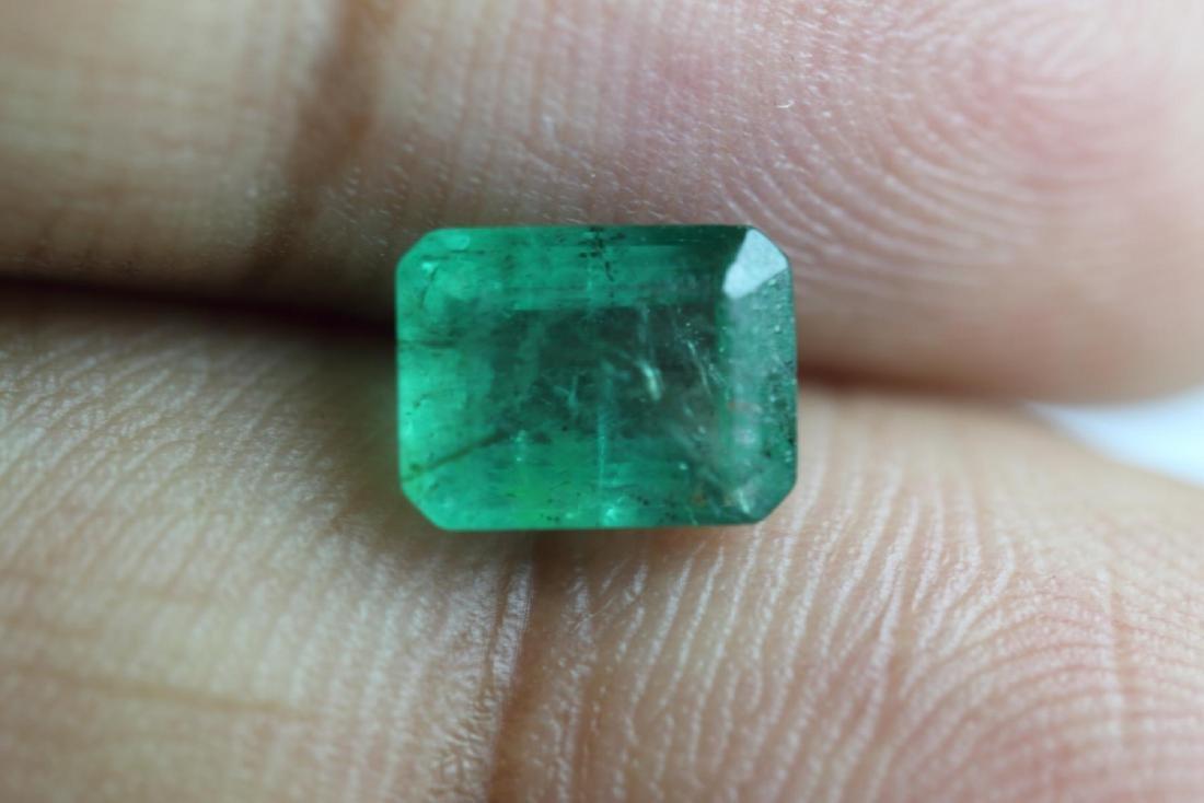 Natural Emerald 1.74 Carats - no Treatment