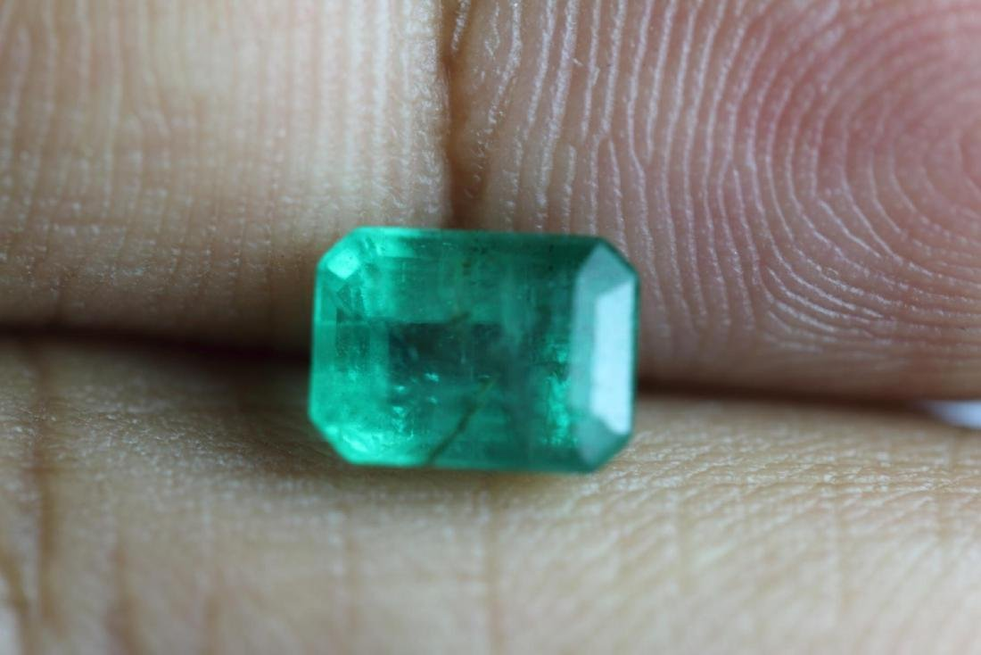 Natural Emerald 1.69 Carats - no Treatment