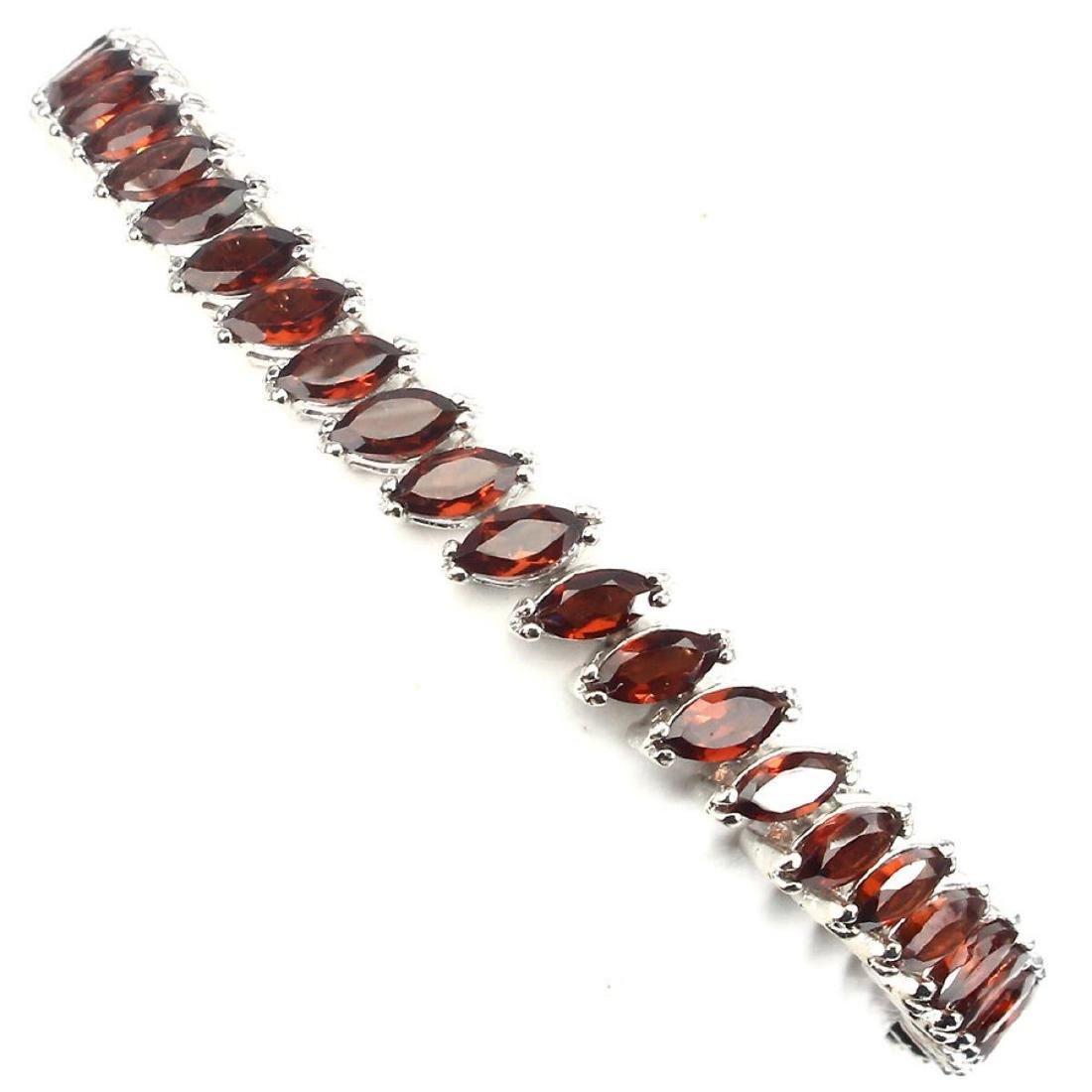 Natural  Mozambique Garnet 94 Cts Bracelet - 2