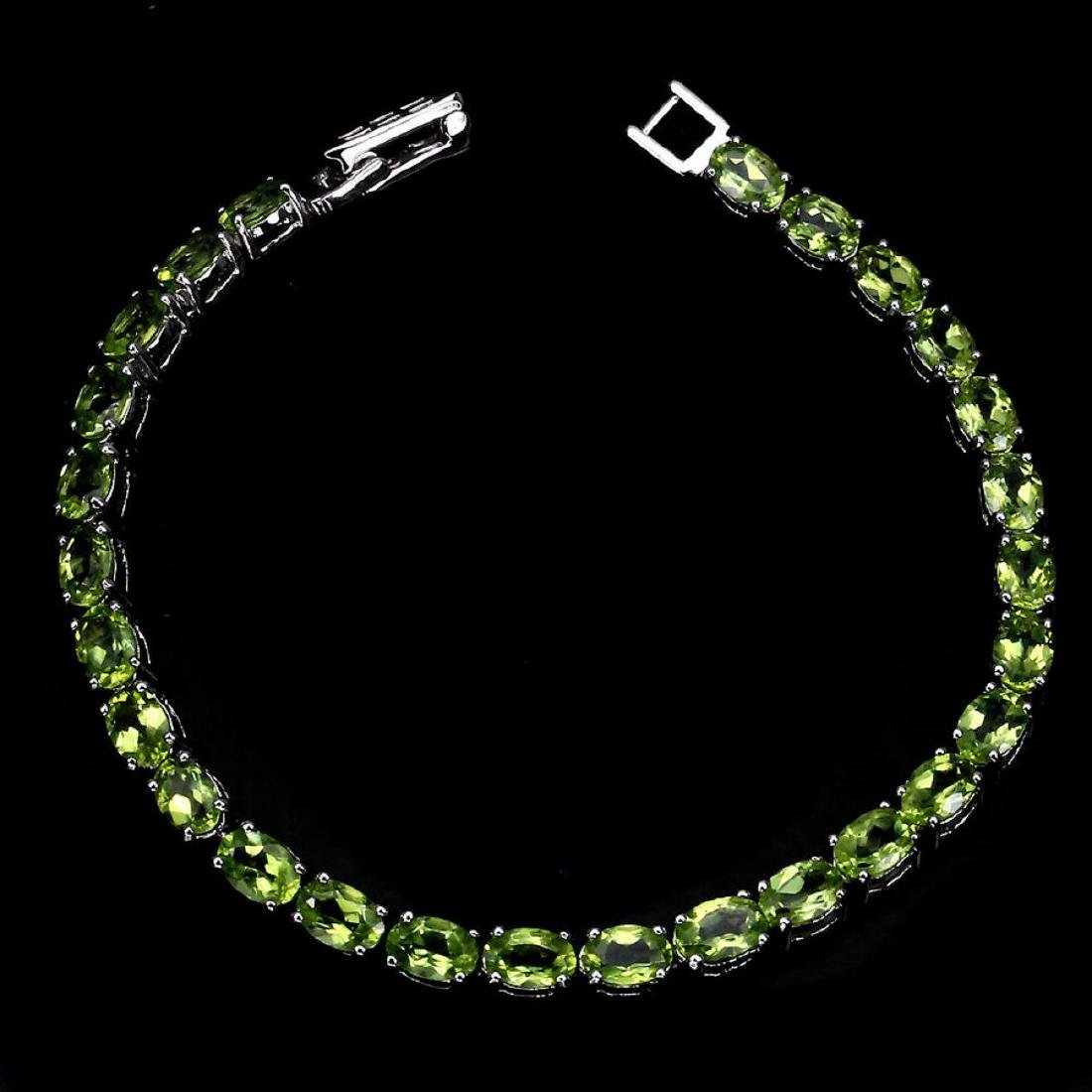 Natural Rich Green Peridot 60 Carats Bracelet - 2