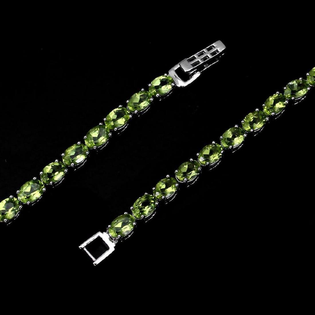 Natural Rich Green Peridot 60 Carats Bracelet - 3
