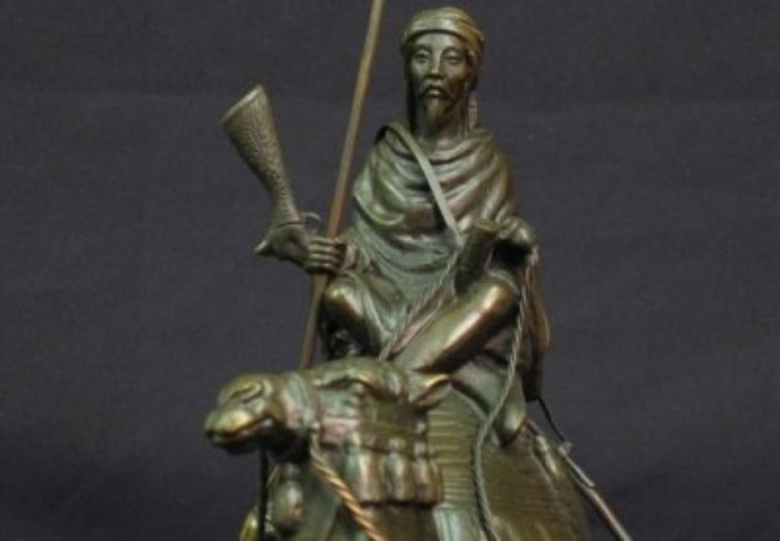 Antique Arab (Muslim) Warrior Sculpture - 5