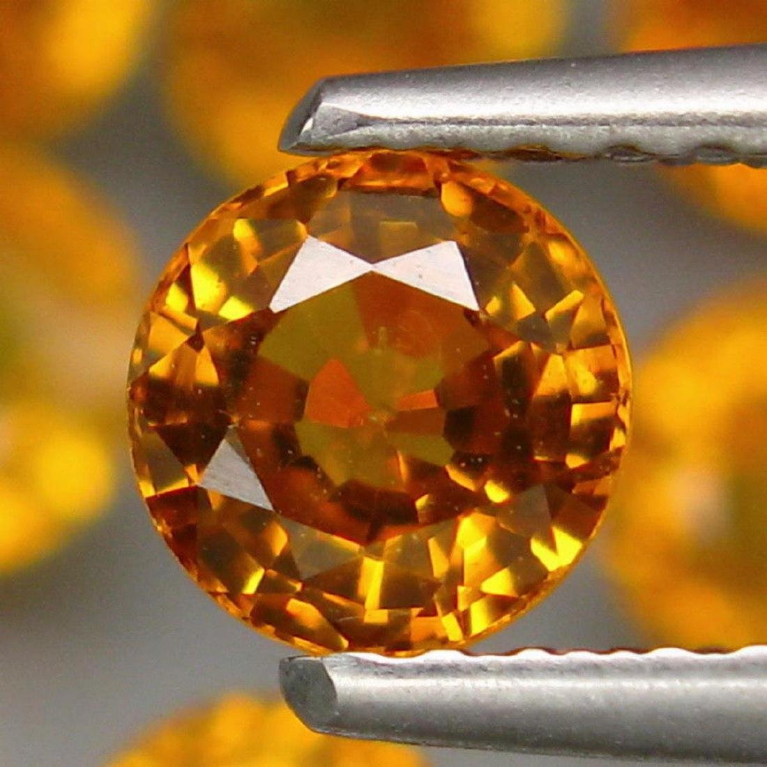 Natural Yellow Sapphire 4.66 Carats - 2