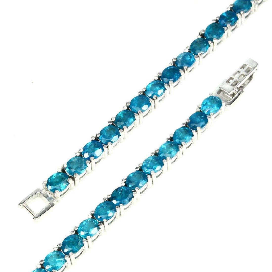 Natural Oval 5x4mm Aaa Neon Blue Apatite Bracelet - 3