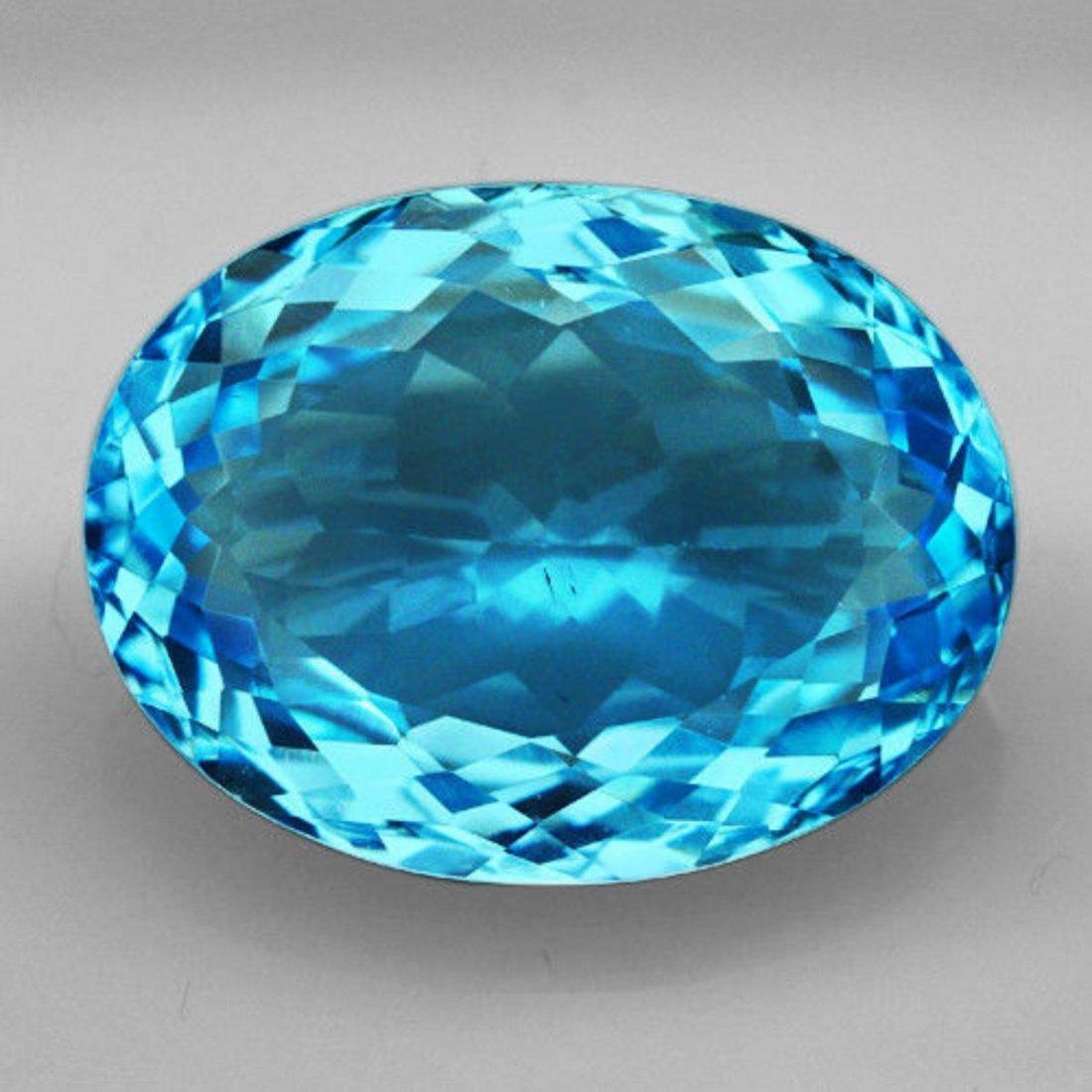 Natural Brillant Cut Sky Blue Topaz 30.40 Ct - VVS