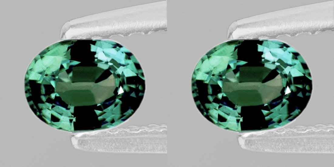 Natural  Green Sapphire Pair 2.45 Ct (Flawless-VVS)