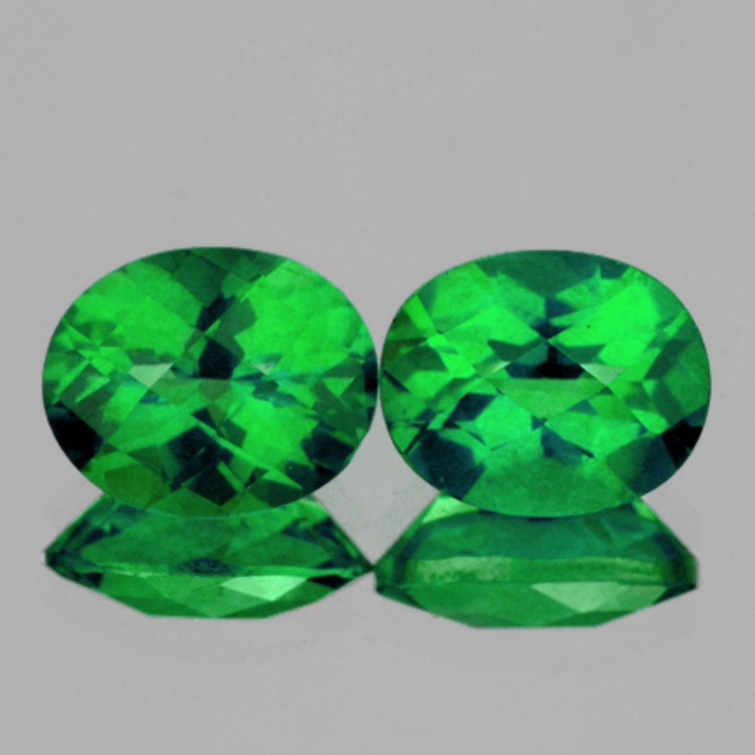 Natural Best AAA Green Topaz Pair {Flawless-VVS1}