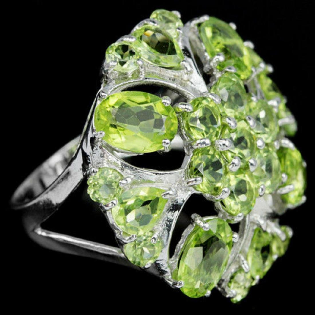 NATURAL APPLE GREEN PERIDOT FLOWER RING - 2