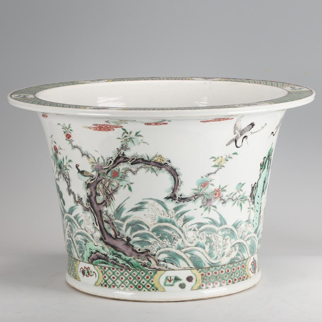 CHINESE FAMILLE ROSE PLANTER'S POT