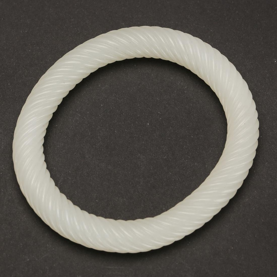 CHINESE WHITE JADE TWISTED BANGLE
