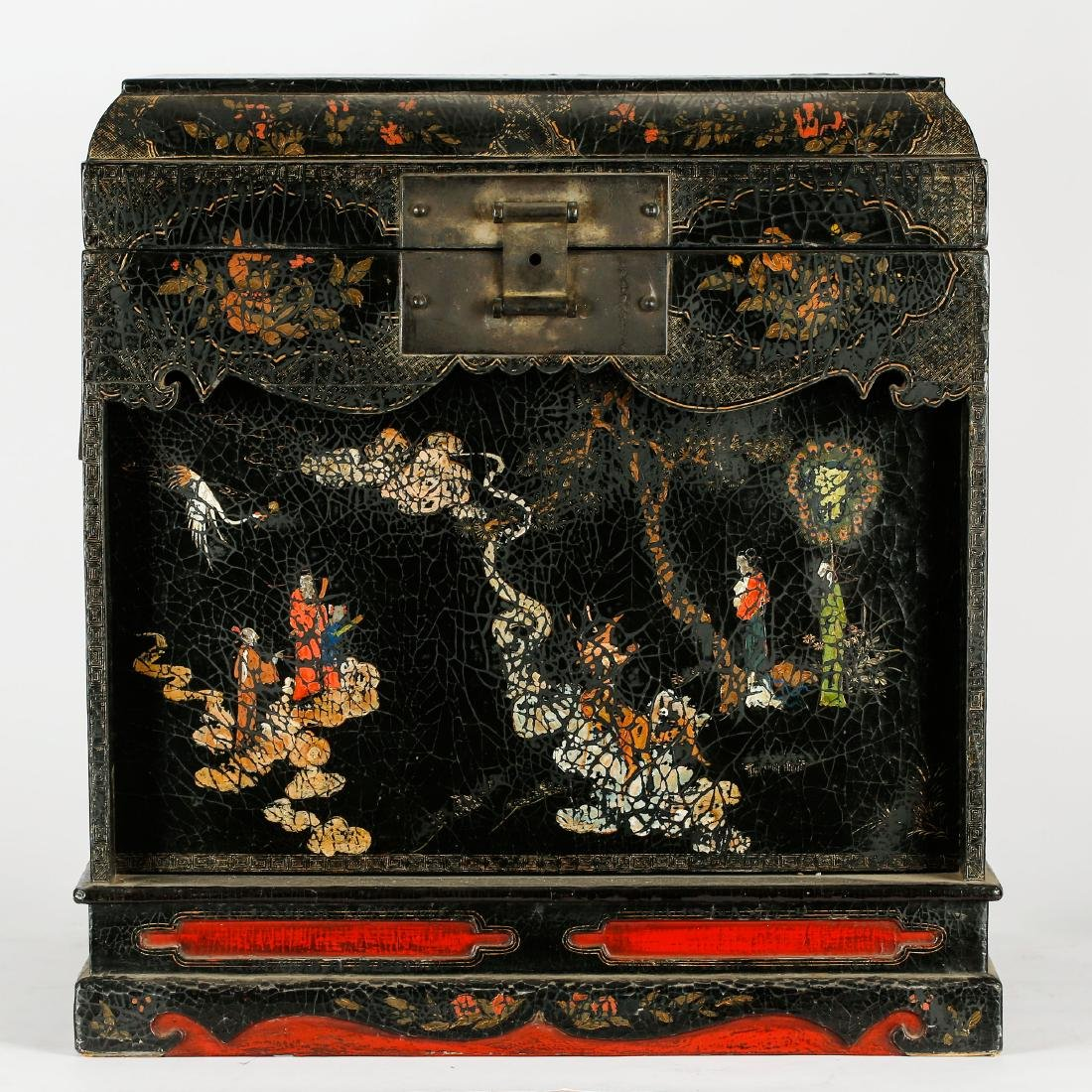 CHINESE LACQUER WOOD FIGURAL CHEST