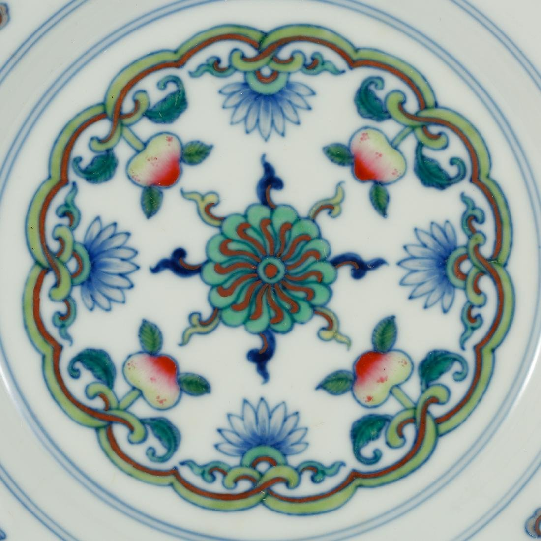 CHINESE DOUCAI PORCELAIN PLATE - 2
