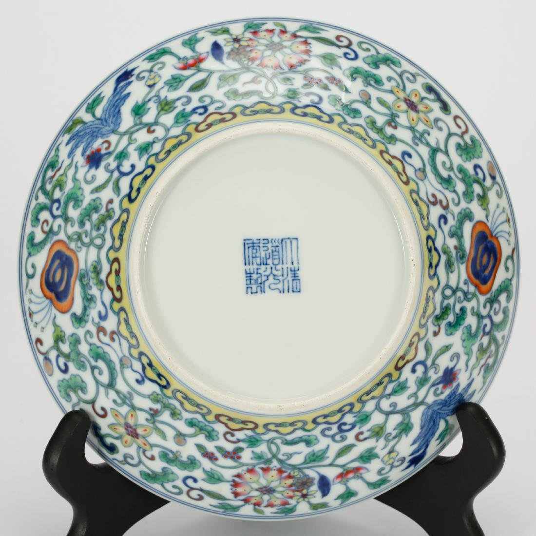 CHINESE DOUCAI PORCELAIN PLATE - 5