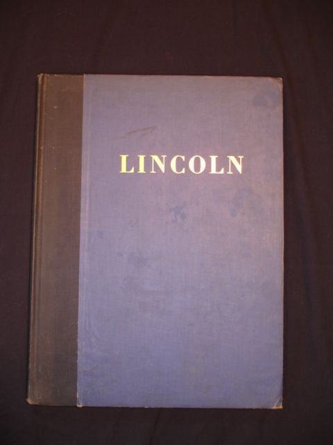 1002: Lincoln, A Picture Story of His Life