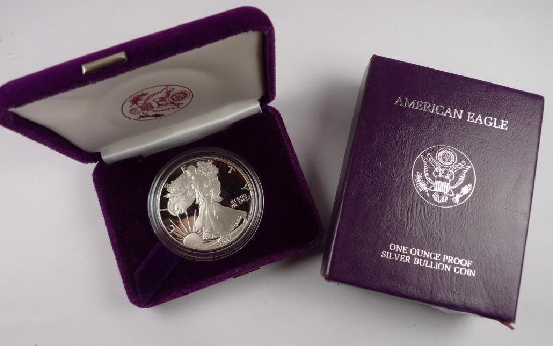 1986 1 st Year Silver Eagle Proof in Mint Pack