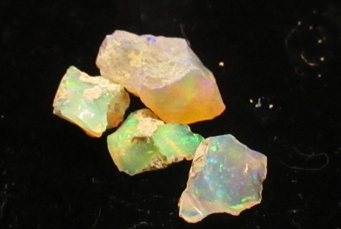 17.75 tcw. Natural Rough Cut Opal Gem Parcel