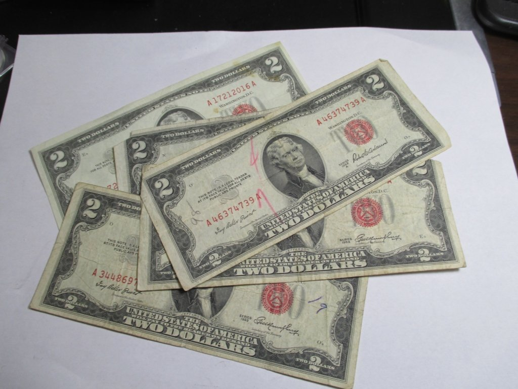(5) 1953 Red Seal $ 2 United States Notes