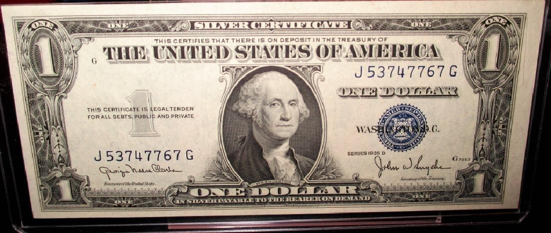 1935 D Crsip UNCIRCULATED $1 Silver Certificates
