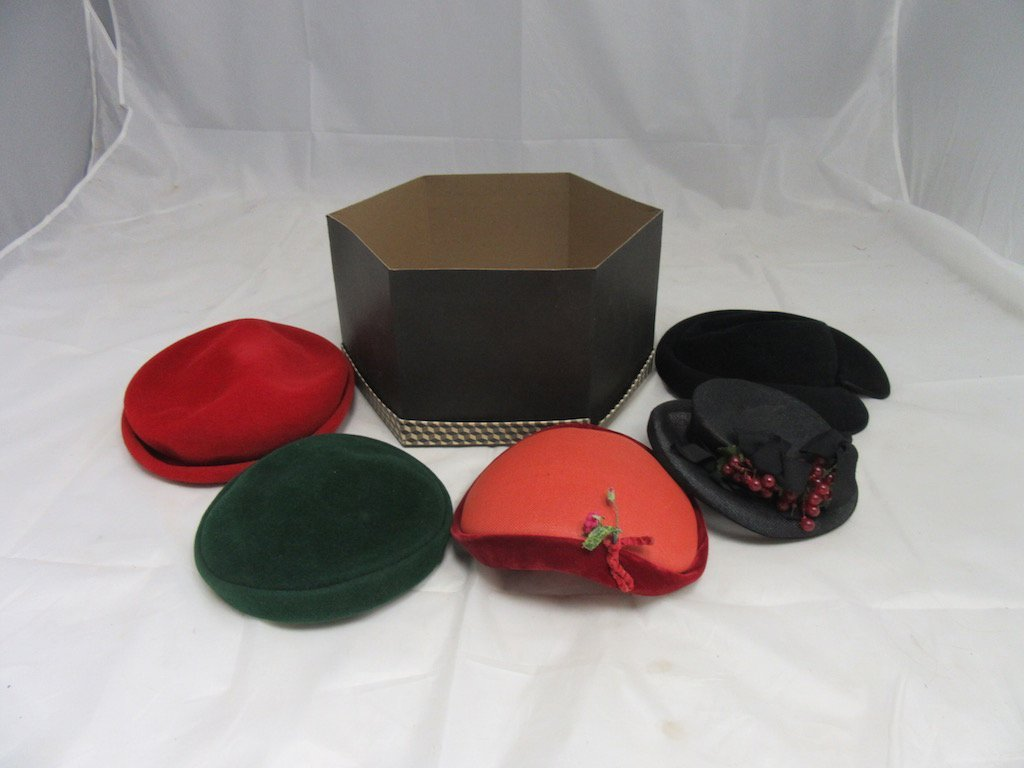 Lot of 5 Vintage Hats in Hat Box