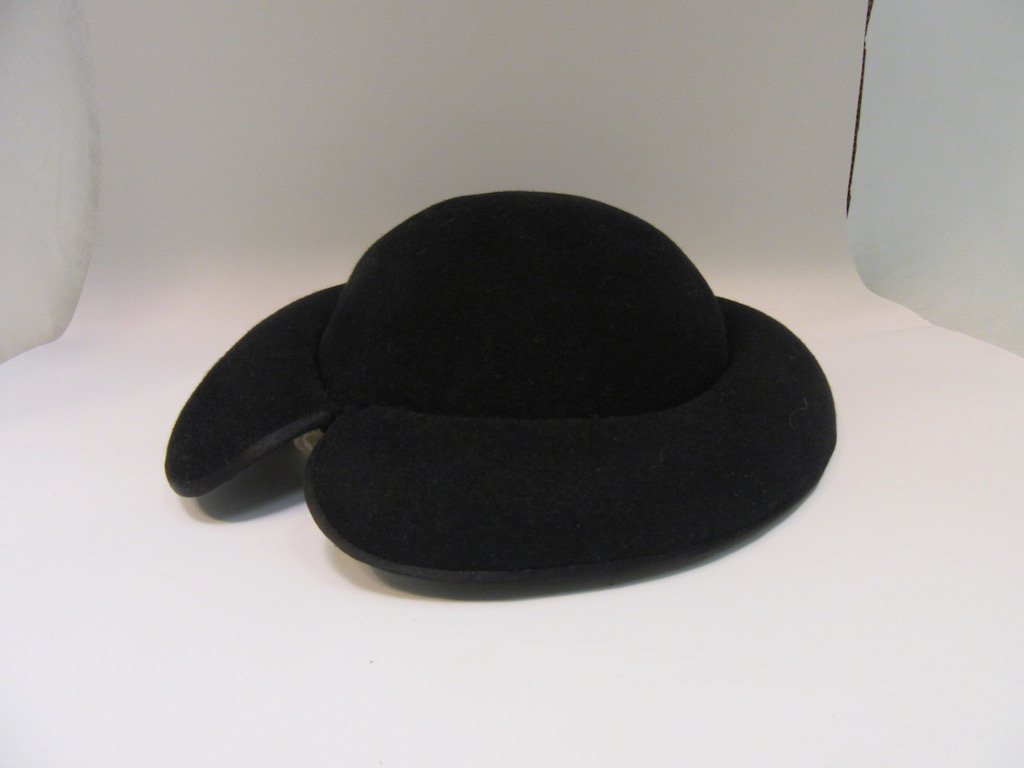 Lot of 5 Vintage Hats in Hat Box - 6