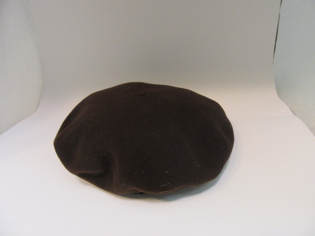 Lot of 4 Vintage Hats in Hat Box - 5