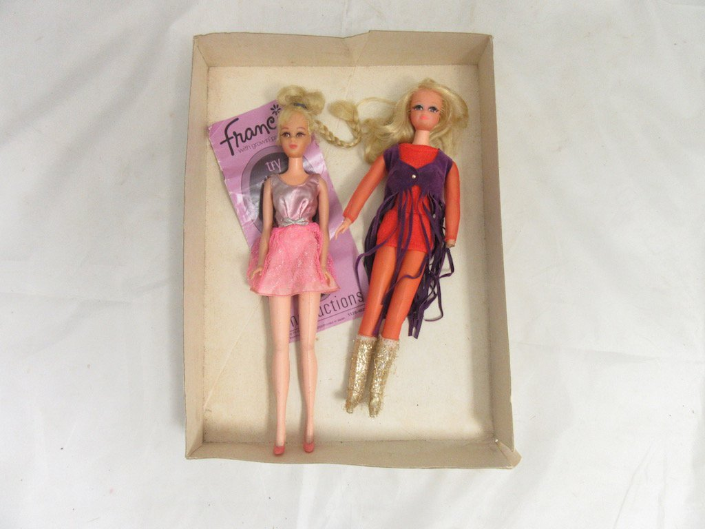1970s Barbie Dolls- Francie Growin Pretty Hair