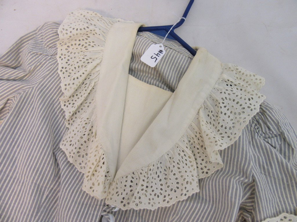 1930's Shabby Chic Ruffled Collar Blouse with Skirt - 3