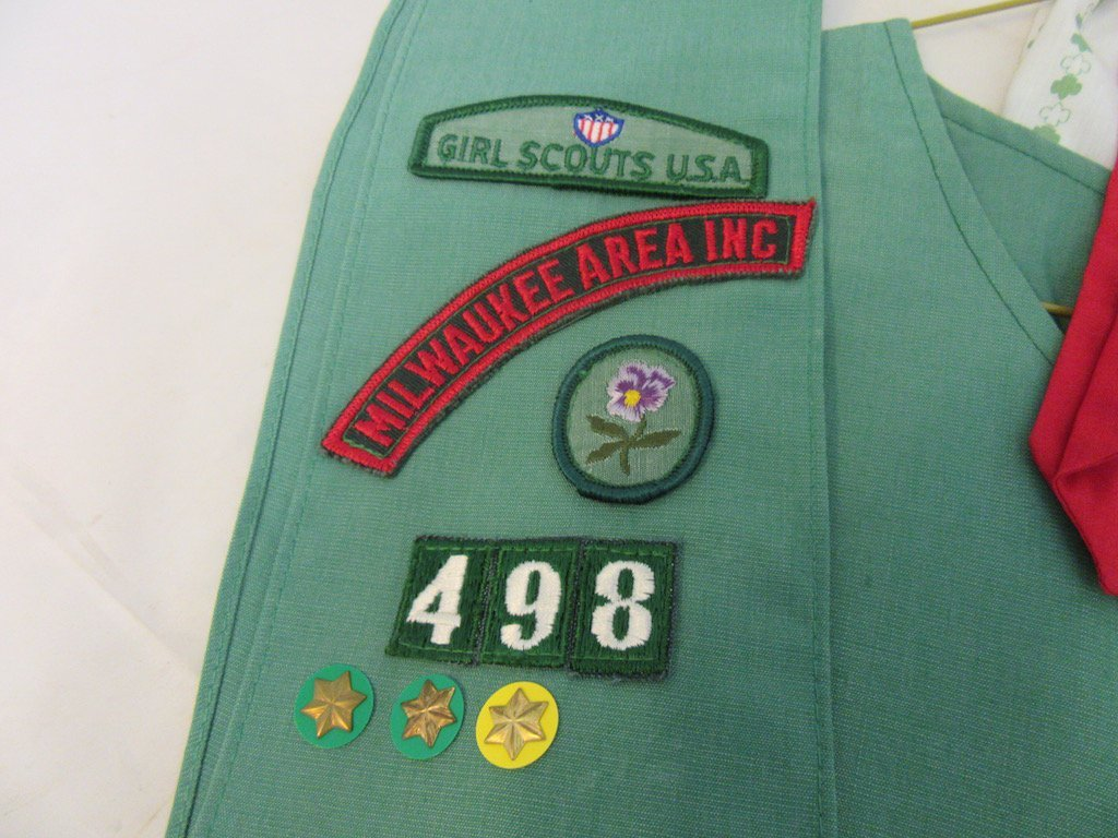 Two 1960s Girl Scout/Brownie Girl Uniforms - 4