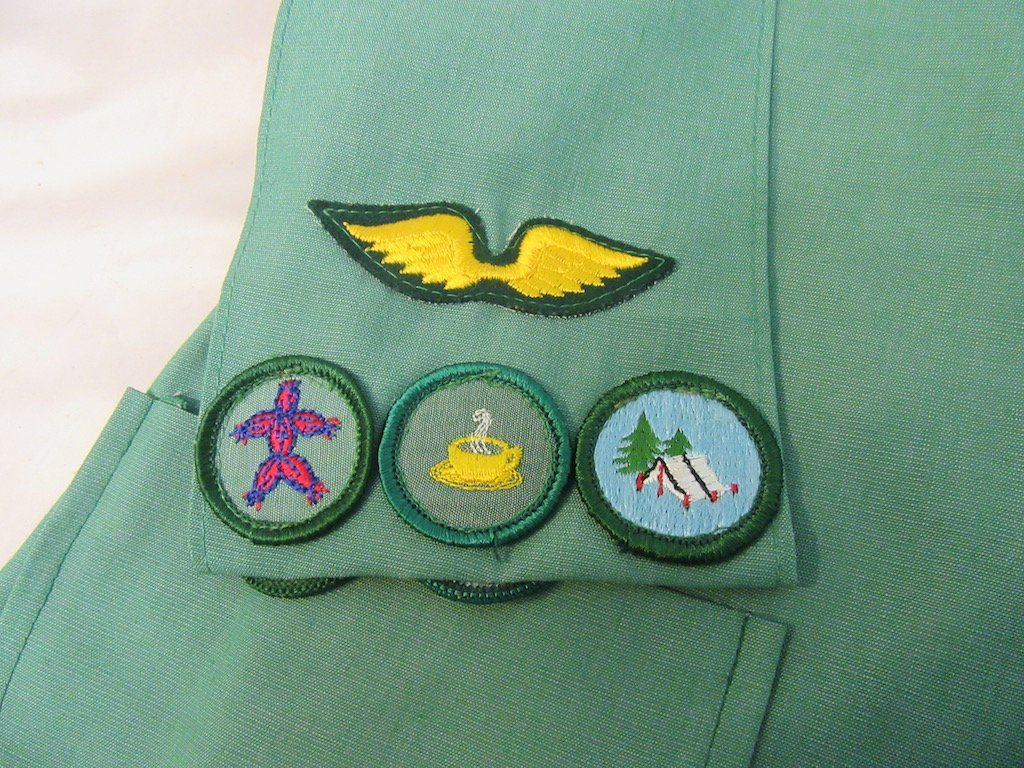 Two 1960s Girl Scout/Brownie Girl Uniforms - 5