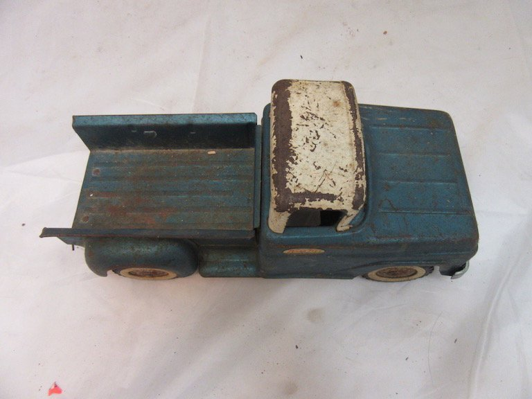 Tonka Toy Step Side Pick-up Truck - 2