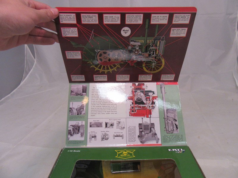 Ertl John Deere Heritage Series 2007 and 2008 Edition - 4