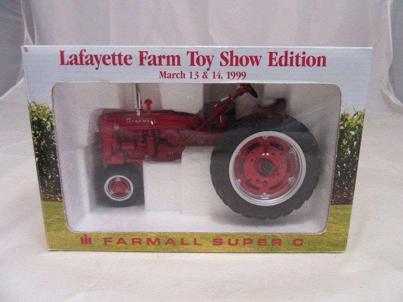 1999 Limited Edition Lafayette Farm Toy Show Farmall - 3