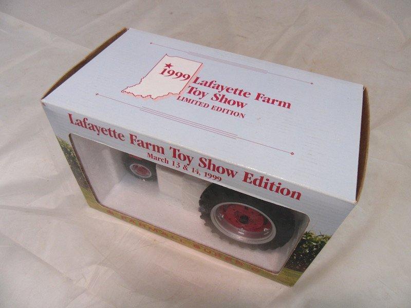 1999 Limited Edition Lafayette Farm Toy Show Farmall - 4