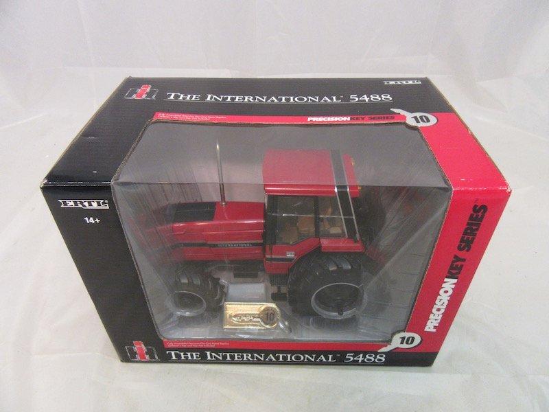 Ertl Precision Key Series International 5488