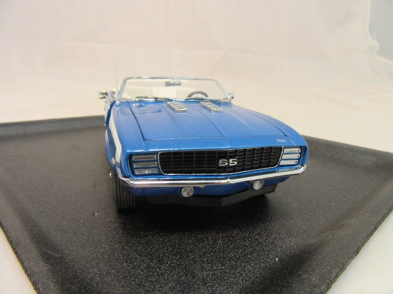 Danbury Mint 1969 Chevrolet Camaro - 2