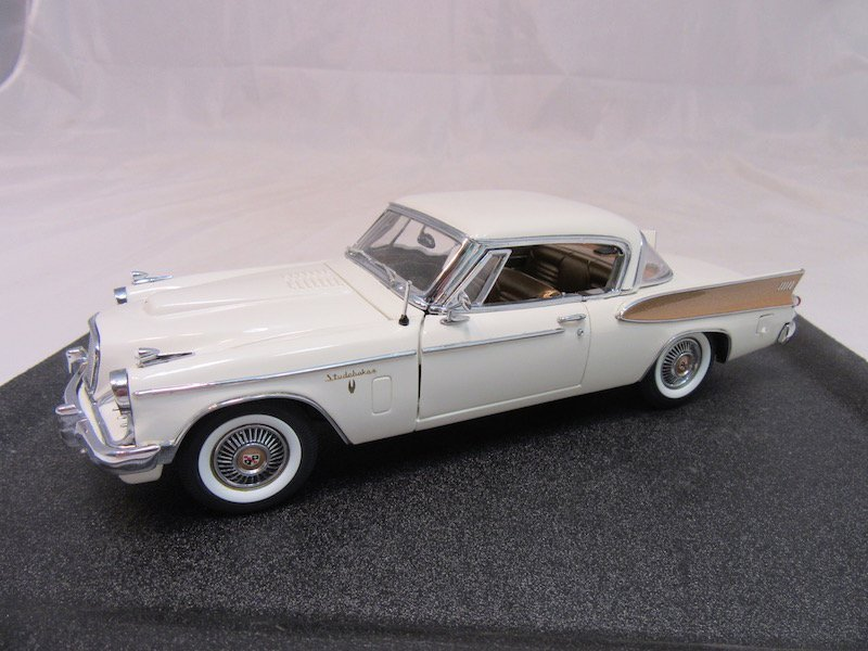 Danbury Mint 50th Anniversary 1957 Studebaker Golden