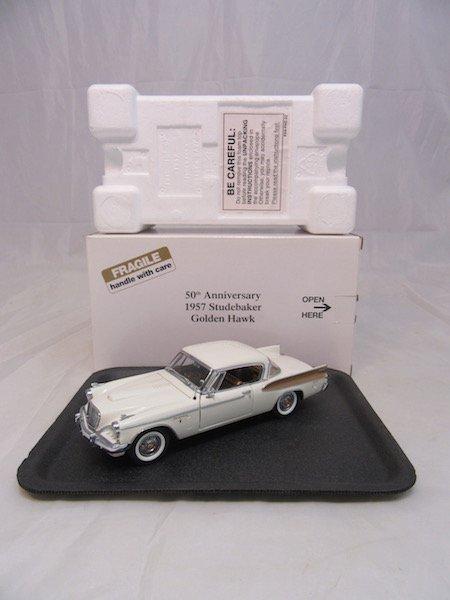 Danbury Mint 50th Anniversary 1957 Studebaker Golden - 6